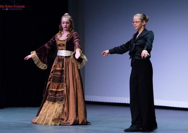 Детский театр Русской школы Далласа представил свою интерпретацию «За двумя зайцами»